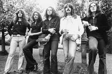Deep Purple - Knocking At Your Back Door